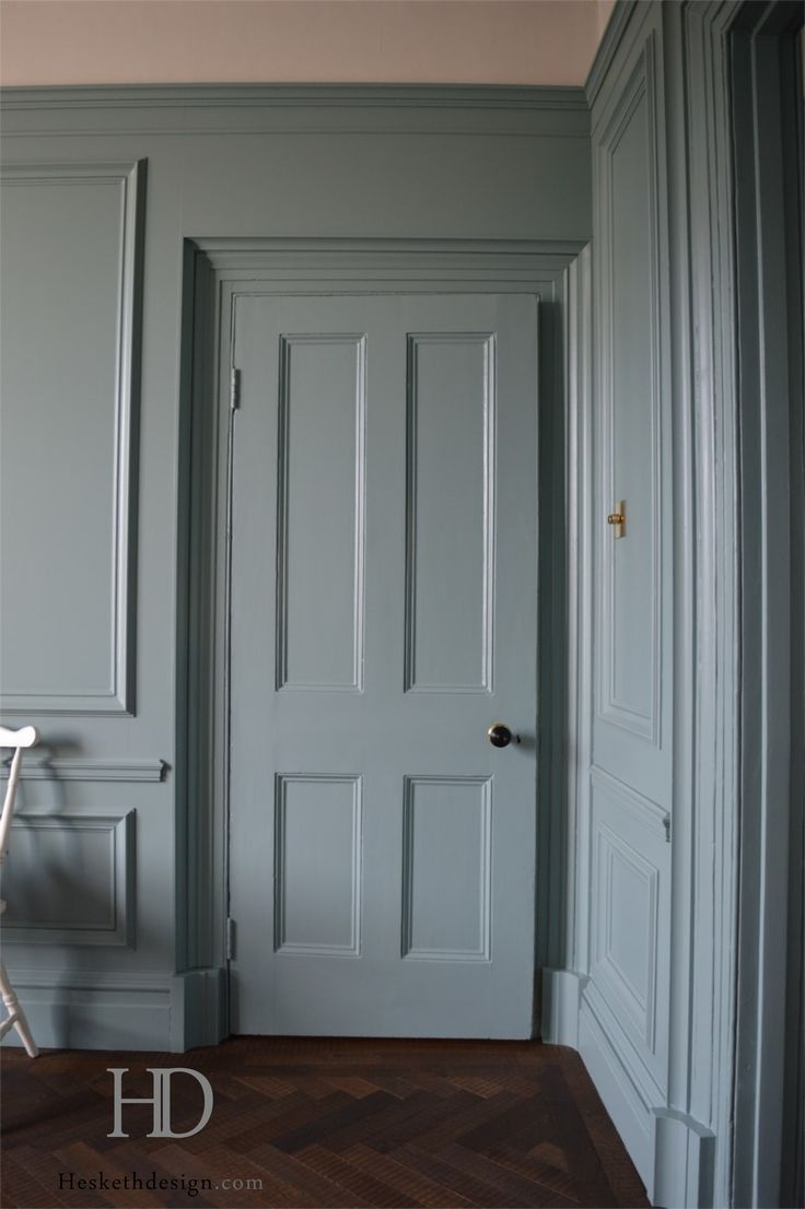 Panelling In Moisture Resistant Mdf Tulipwood Mouldings Spray Finished With Farrow And Ball