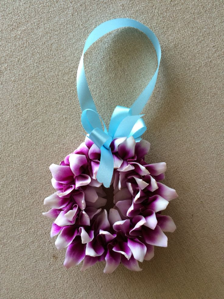 Orchid welcome wreath