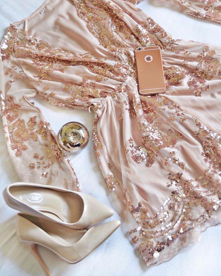 "114 aprecieri, 12 comentarii - ⠀⠀⠀⠀⠀⠀⠀⠀⠀⠀🌸Simona Tinca 🌸 (@simona_tinca) pe Instagram: ""Last night outfit 😻👠 _____________________✿_____________________ . . . .…"""
