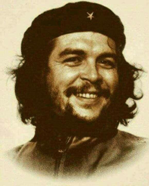 """Il 14 maggio 1928 nasceva Ernesto """"Che"""" Guevara. #cheguevara #comandante"""