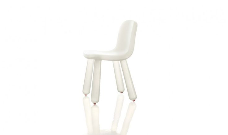 Chair.  Materials: blow-moulded polyethylene. Suitable for outdoor use.