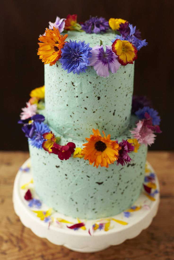 Edible Flowers. Beautiful wedding cake made by http://beesbakery.co.uk/wedding-cakes-and-favours with edible flowers from http://maddocksfarmorganics.co.uk