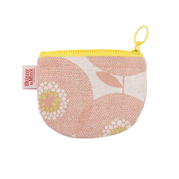 The 'Flower Fields' Change Purse by Skinny laMinx is ideal for keeping your keys and lipstick in one place. Visit the Skinny laMinx online shop to see our full collection.