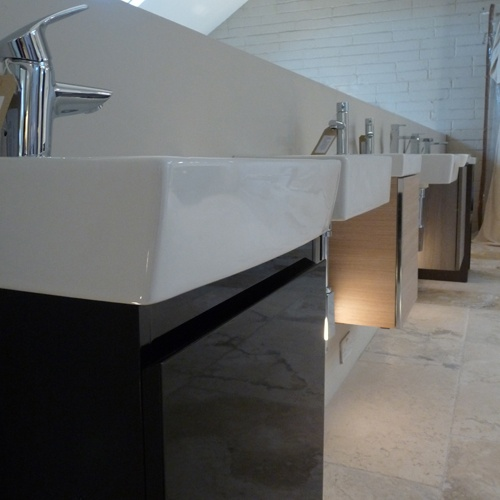 A collection of Roca & Duravit basins