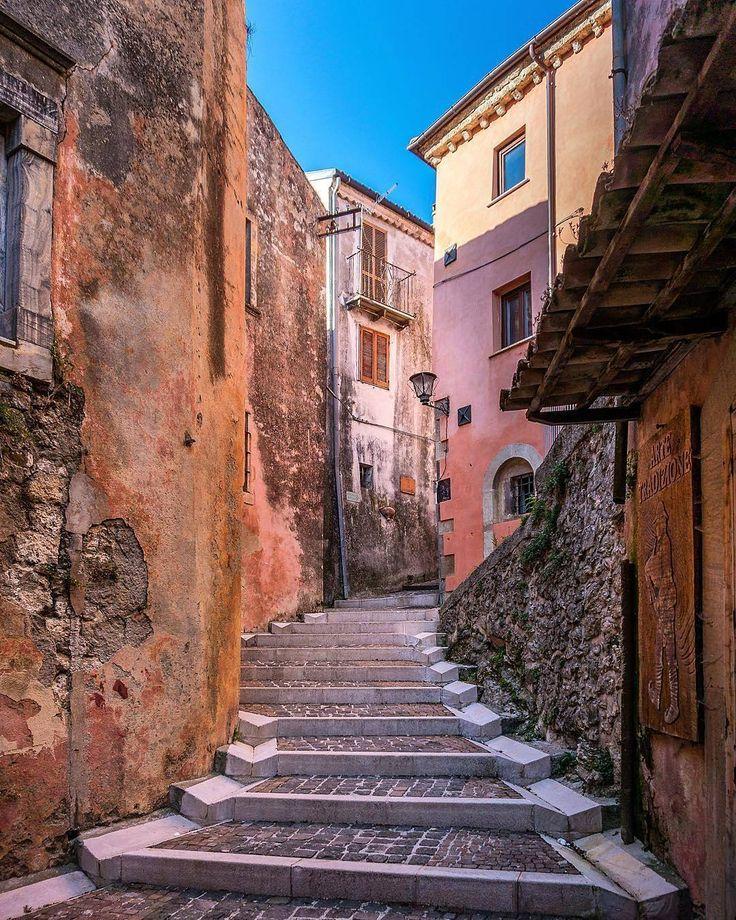 """997 Likes, 34 Comments - Puglia ➡ Italy Travel (@yallerspuglia) on Instagram: """"Le ● Santa Maria al Bagno 📷 Foto di @stefanodegirmenci - Vi auguriamo una buona serata Yallers con…"""""""