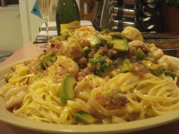 Avocado Shrimp pastaDinner, Tomatoes Paste, Fun Recipe, Avocado Shrimp, Shrimp Recipe, Shrimp Pasta, Cherries Tomatoes, Favorite Recipe, Foodpasta Dishes