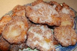 Malassadas / Portuguese fried dough by The Azorean Greenbean