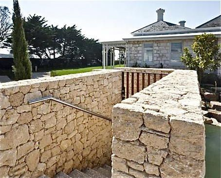 Western Australian Limestone, visit www.limestoneaustralia.com.au