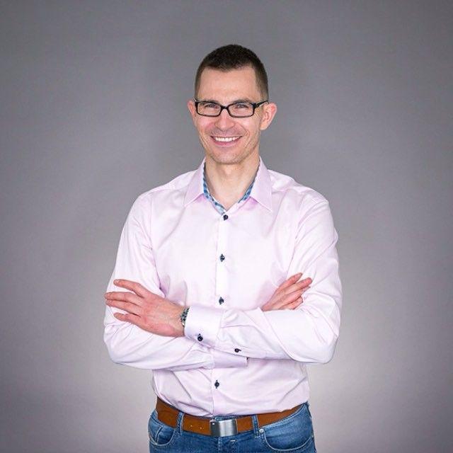 @mariusz_lodyga zaprasza was na szkolenie ze Skutecznego Marketingu, które odbędzie się  w Warszawie! Rejestracji możecie dokonać tutaj http://bit.ly/emark-szkol