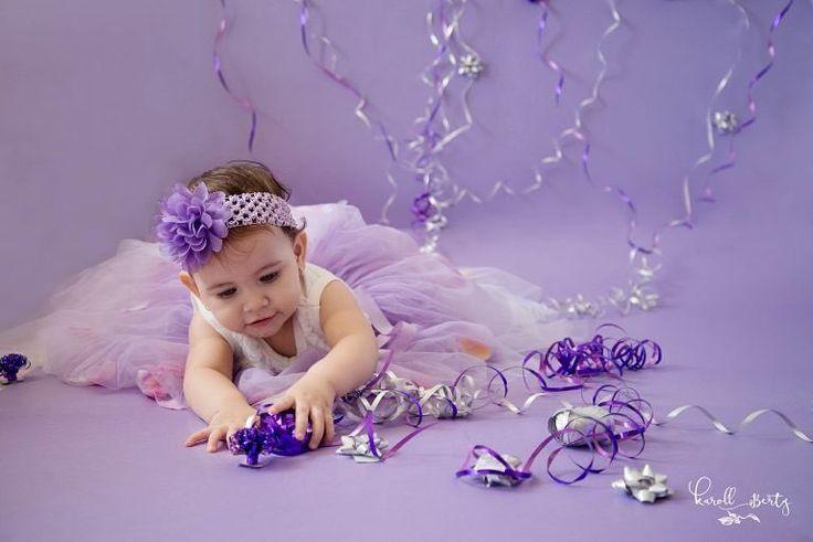Amo mi trabajo... amo cada bebé que puedo retratar. Gracias a todos los papás que confían en mí para retratar lo mejor de sus hijos!  DANNA www.karollberty.com #karollbertyfotografia #fotografadebebes #retratosdebebes #fotografiadebebesencolombia #bebesencantadores  #fotosartisticas #newbornphotographer #photoshoot #smashcake #smashed #cakesmash #cakes #babygirl #princess #happybirthday #babyportrait #babysession