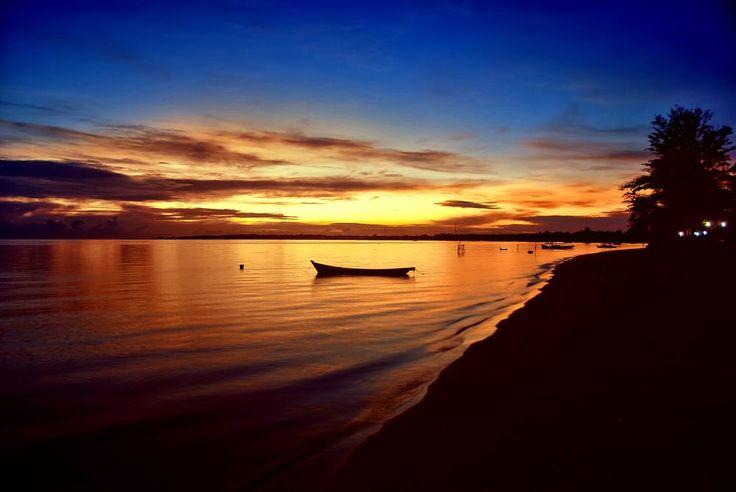 Sunrise at Tanjung Kelayang, Bangka