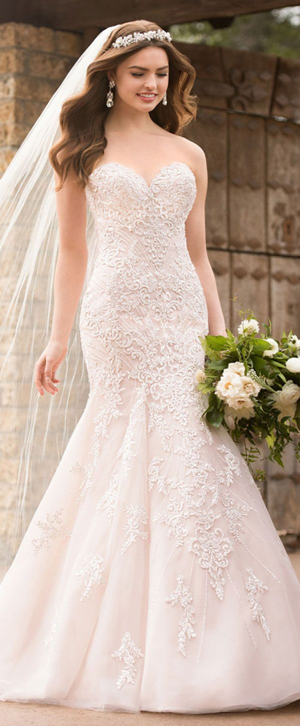 NEW! Fashionable Tulle Sweetheart Neckline Mermaid Wedding Dress With Beaded Lace Appliques