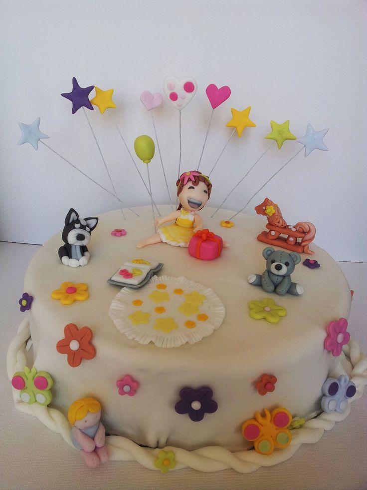Cake Tort. Sugarcraft Masa cukrowa. Girl Dziewczynka, Toys Zabawki, Teddy Bear Miś, Dog Pies, Book Książka, Doll Lalka, Pony Konik, Gift Prezent