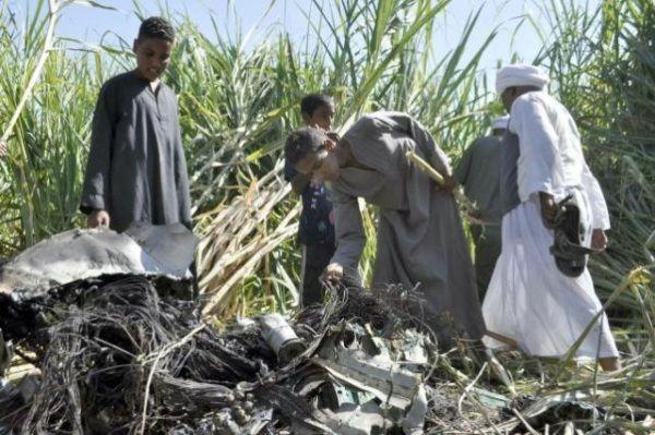 Mueren Seis Militares Al Estrellarse Una Aeronave Al Sur De El Cairo
