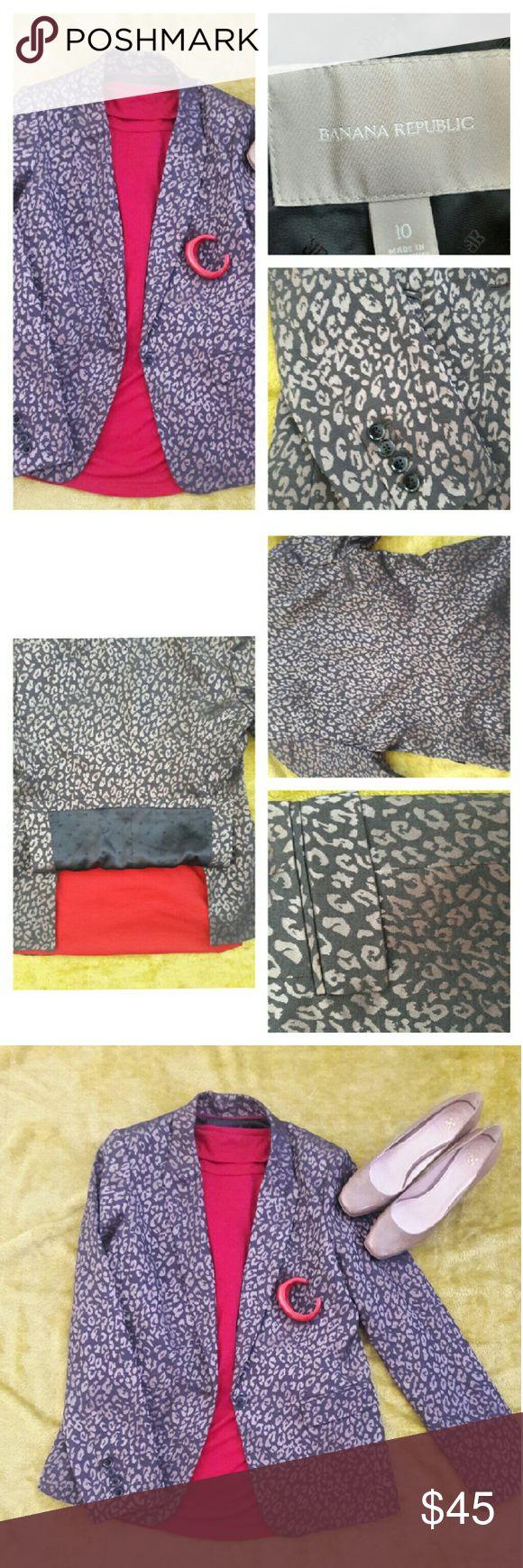 NWOT Banana Republic leopard cheetah print blazer NWOT Banana Republic dark brown leopard cheetah print blazer.   ?Size 10 ?Flair style back ?Fully lined ?Smoke free home?????? Banana Republic Jackets & Coats Blazers