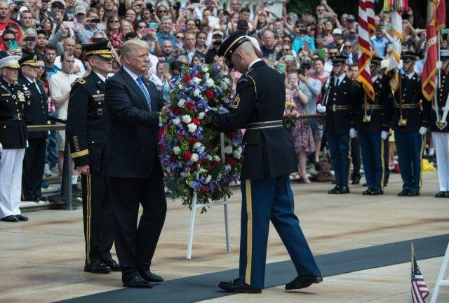 Discurso del Memorial Day de Trump En el cementerio de Arlington | The Daily Caller