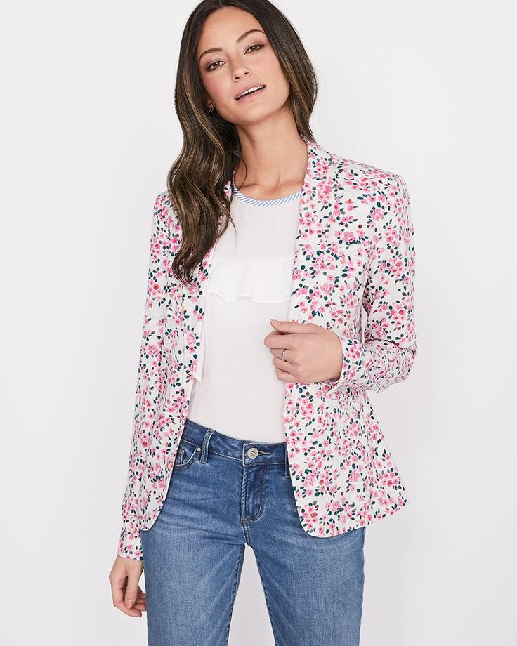 Pretty flowers bloom allover this crepe blazer in a structured fit. Pair it with denim and a tee for a fresh Spring look.<br /><br />- Fitted silhouette<br />- Open-front with no button<br />- Notch collar<br />- Reese pockets<br />- Fake chest pocket<br />- Decorative buttons at the cuff<br />- Lined<br />- 26.5'' body length from the shoulder (size 8)<br />- Our mode...