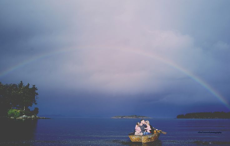 Vancouver Island Family / Family Photography / Family Beach Photos / Island Moments Photography / Rainbow