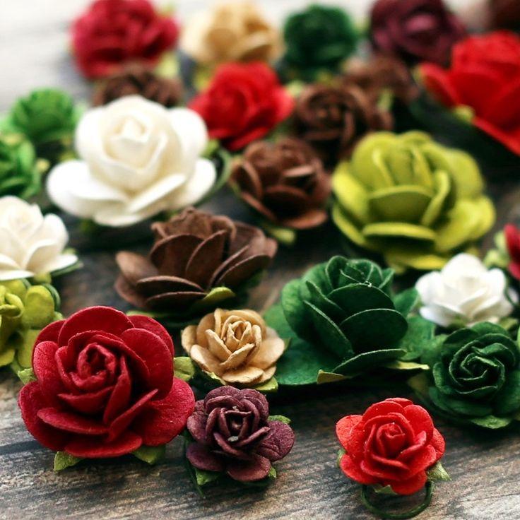 NőiCsizma   Rózsák karácsonyi színekben