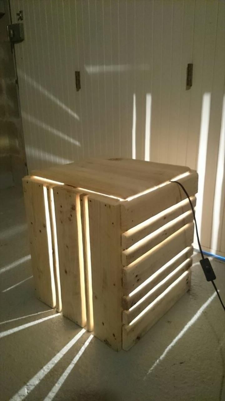 DIY Pallet Light Lamp and Nightstand | 99 Pallets