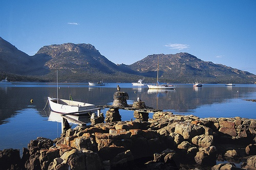 #Tasmania  East Coast; #Freycinet National Park. Another stunning photo. Don't you agree? www.OzeHols.com.au