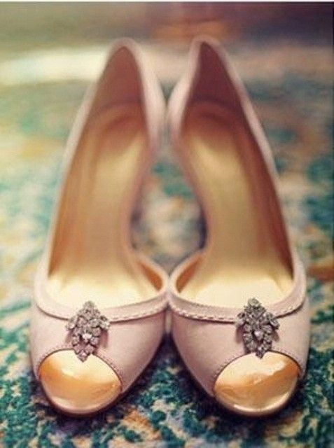 Beach Wedding Shoes For Bride , Vintage Wedding Shoes www.loveitsomuch.com