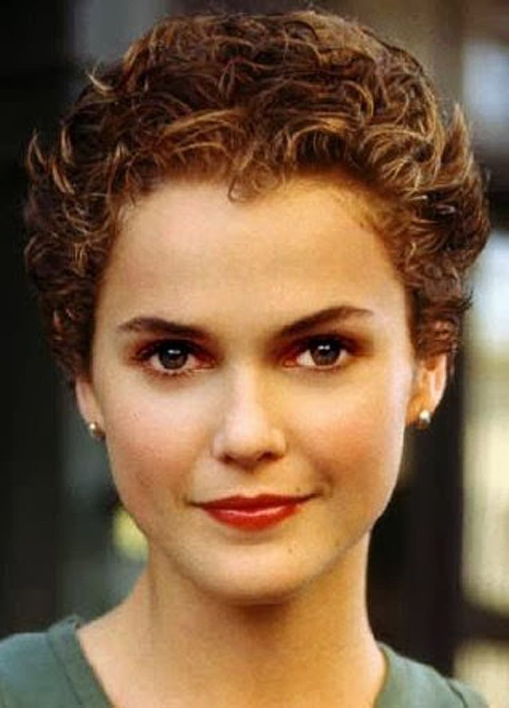 short curly haircuts - Google Search