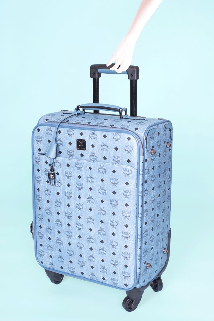 How To Pack Better — WITHOUT Bringing Less #refinery29  http://www.refinery29.com/how-to-maximize-luggage#slide-14  Et Voilà:Using all these tips should get you into a small carry-on — with room to spare for souvenirs. Bon Voyage!