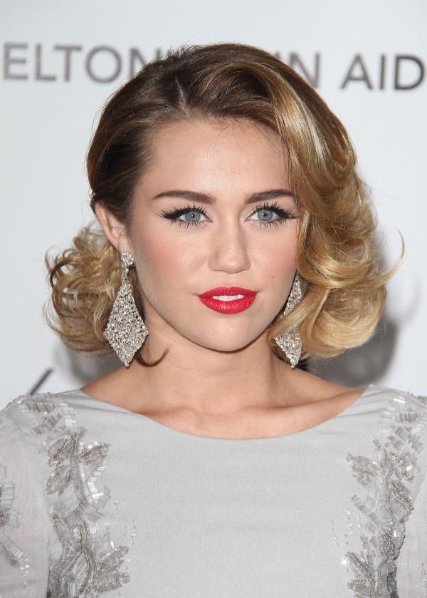 miley cyrus short hair with ombre. Such a classy look on Miley, #VisibleChangesSalons love it!