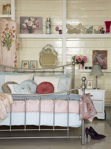 Vintage bedroom, styling by Selina lake by Sussie Bell, via Flickr