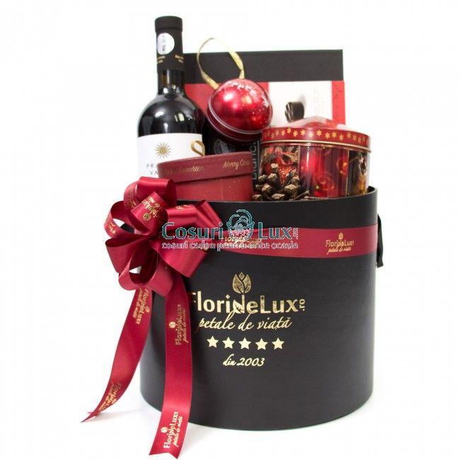Cos cadou Wonderful Christmas, comanda online doar aici cele mai festive si speciale cosuri cadou, perfecte pentru prieteni, familie sau parteneri business