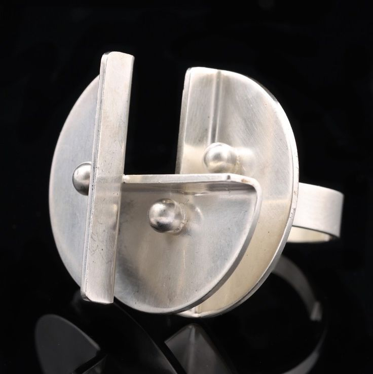 Elis Kauppi for Kupittaan Kulta, Modernist silver ring. | Auctionhouse Annmari´s Follow Finland Jewelrypinterest ● facebook ● google+ ● twitter or subscribe