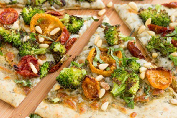 Gegrilde broccoli pizza