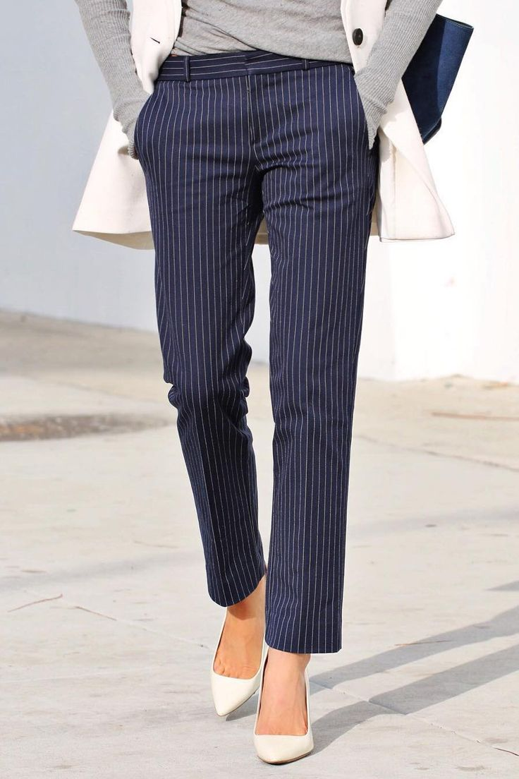 Keep your look classic in our navy and white pinstripe straight leg pants | Banana Republic
