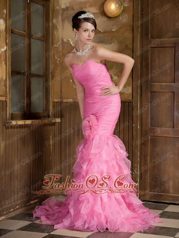 15 best Mermaid Evening Dress with Sweetheart Neck images on ...