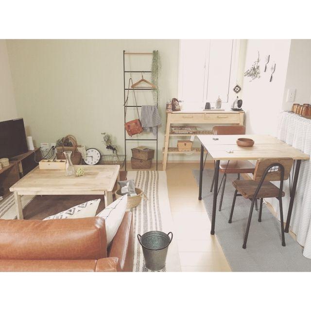 minami_09さんの、Overview,無印良品,ナチュラル,アンティーク,ソファ,ダイニングテーブル,北欧,ドライフラワー,ニトリ,フェイクグリーン,賃貸,ユーカリ,ヴィンテージ,ラダー,コンソールテーブル,いなざうるす屋さん,足場板テーブル,カインズ,ふたり暮らしについての部屋写真