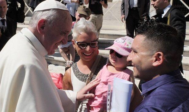 Oggi il mondo prega per la famiglia collegato con Papa Francesco in piazza San Pietro e poi Nazareth e Loreto