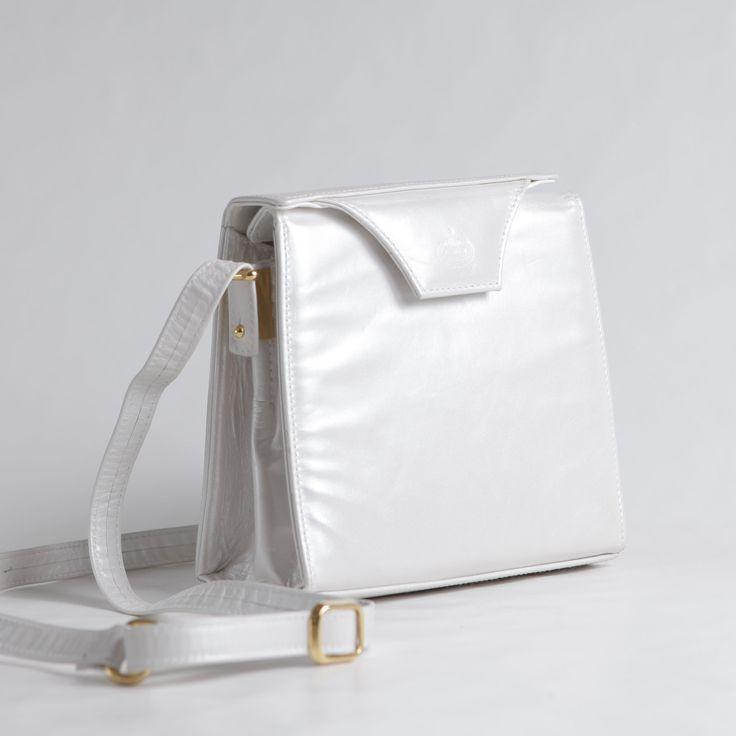New arrival. #vintage #evening #bag . more in www.nouvellebag.com