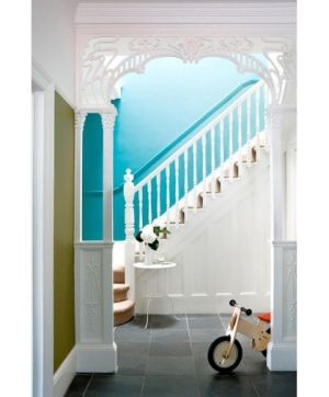 Foyer gets a pop of color