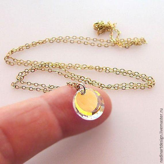 """Купить Колье с кристаллом """"Голограмма"""".Оригинальное золотое колье с подвеской - золотой, колье, Колье с подвеской"""