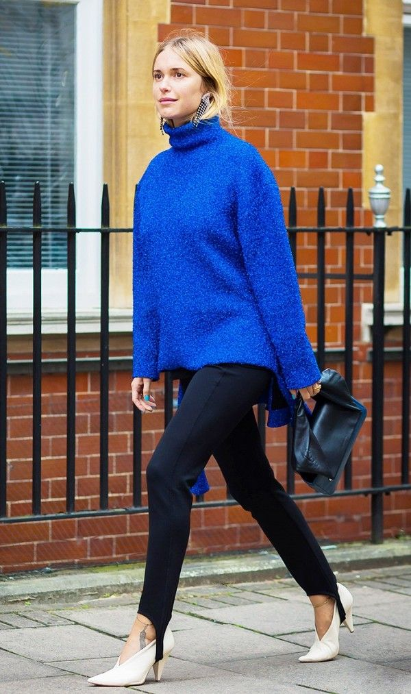 Oversize Sweater + Stirrup Pants + White Heels