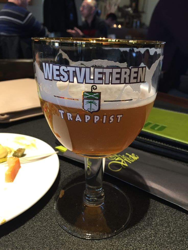 Westvleteren Blond (5,8 %). You can only have this one there.