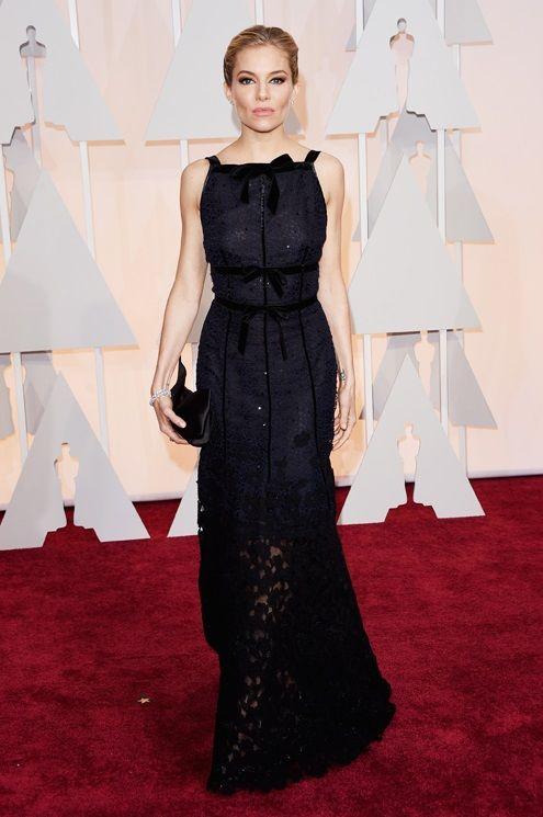 Sienna Miller - in Oscar de la Renta