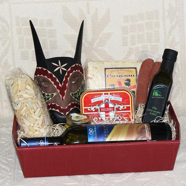Funtanamare, cesti regalo con prodotti tipici sardi - SardinianStore - Cesti regalo composti da specialità enogastronomiche e artigianato tipico della Sardegna.