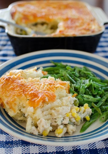 Cheesy Topped Fish Pie | Slimming Eats - Slimming World Recipes