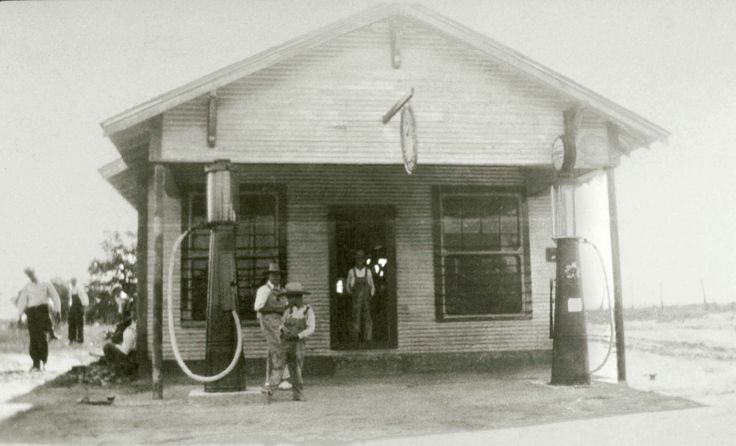 My grandfather's grocery store and gas station, Cottondale ...