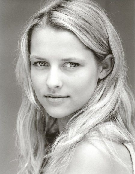 Teresa Palmer... my inspiration for Gemma. Beautiful and smart.