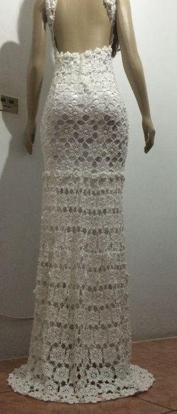 Vestido de Noiva em Crochê bordado