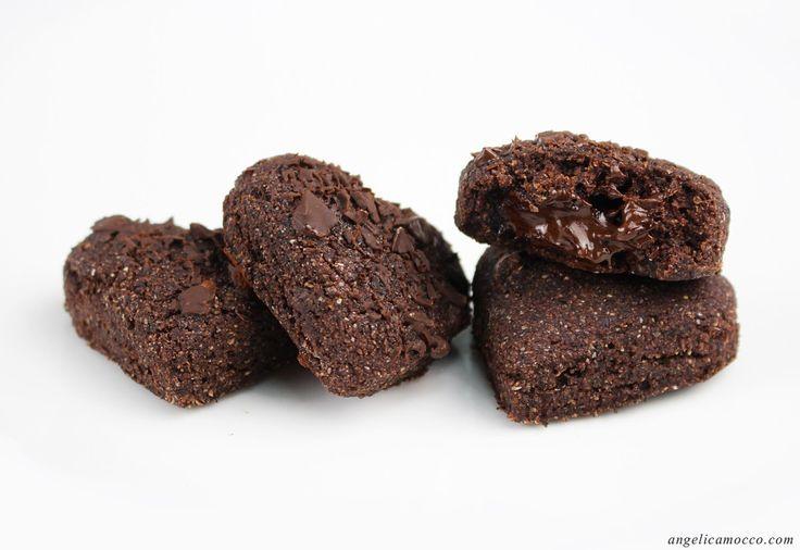 Biscotti al cioccolato dal cuore morbido, vegan e senza glutine