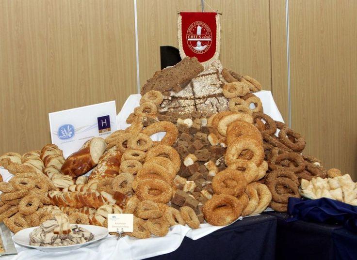 """Thessaloniki Serves """"Greek Breakfast"""" At Philoxenia"""